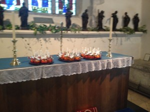 West_Peckham_Christingle01