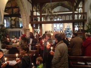West_Peckham_Christingle06